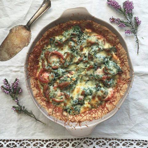 Green veggie-chicken quiche recipe